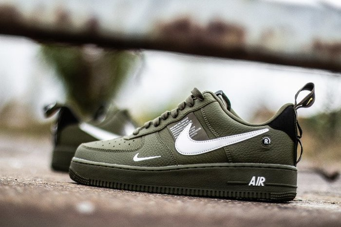 Nike Air Force 1 07'' LV8 Utility (AJ7747-300)
