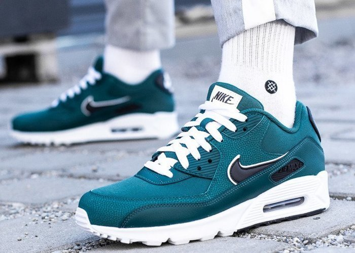 Nike Air Max 90 Essential (AJ1285-301)